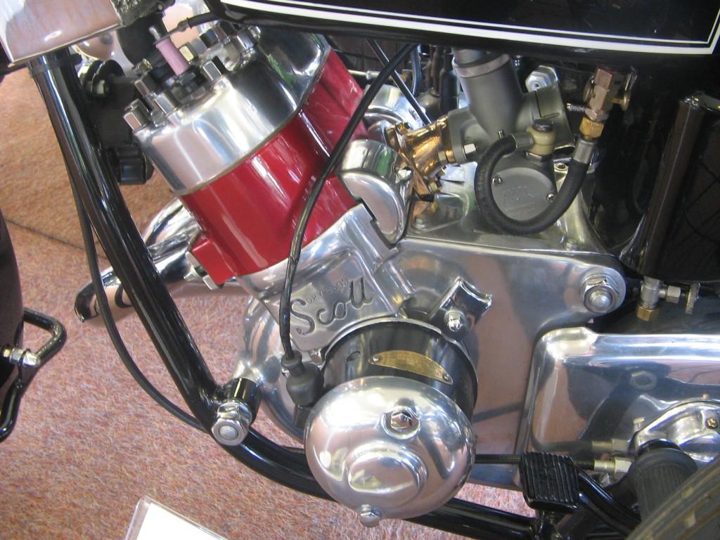 Scott two-stroke engine