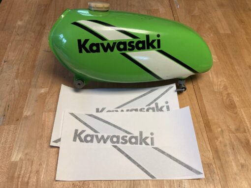 Kawasaki tank decals